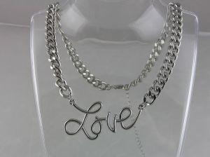 Kovový masivní náhrdelník LOVE