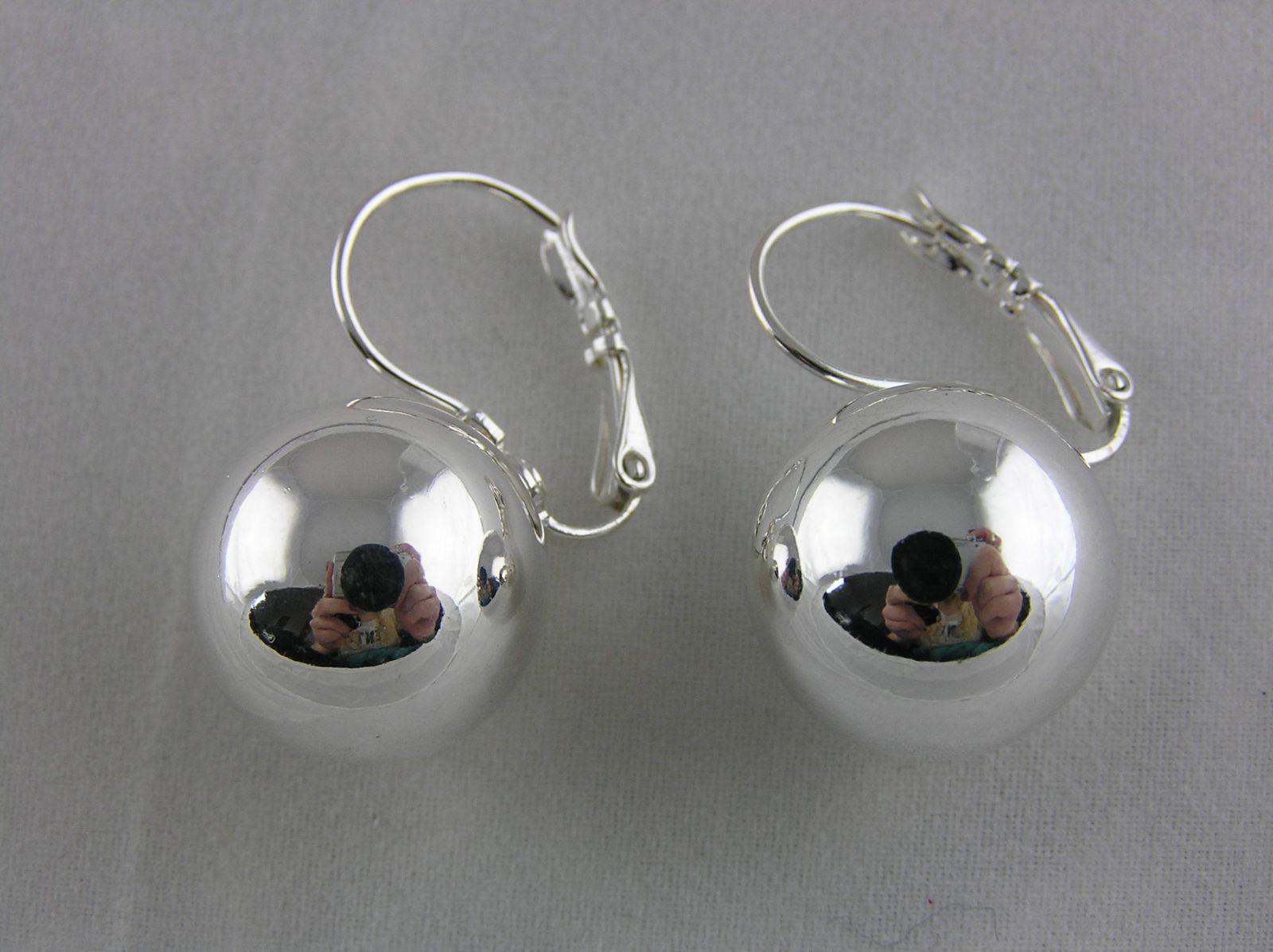 Lesklé stříbrné náušnice s velkou perličkou GIIL