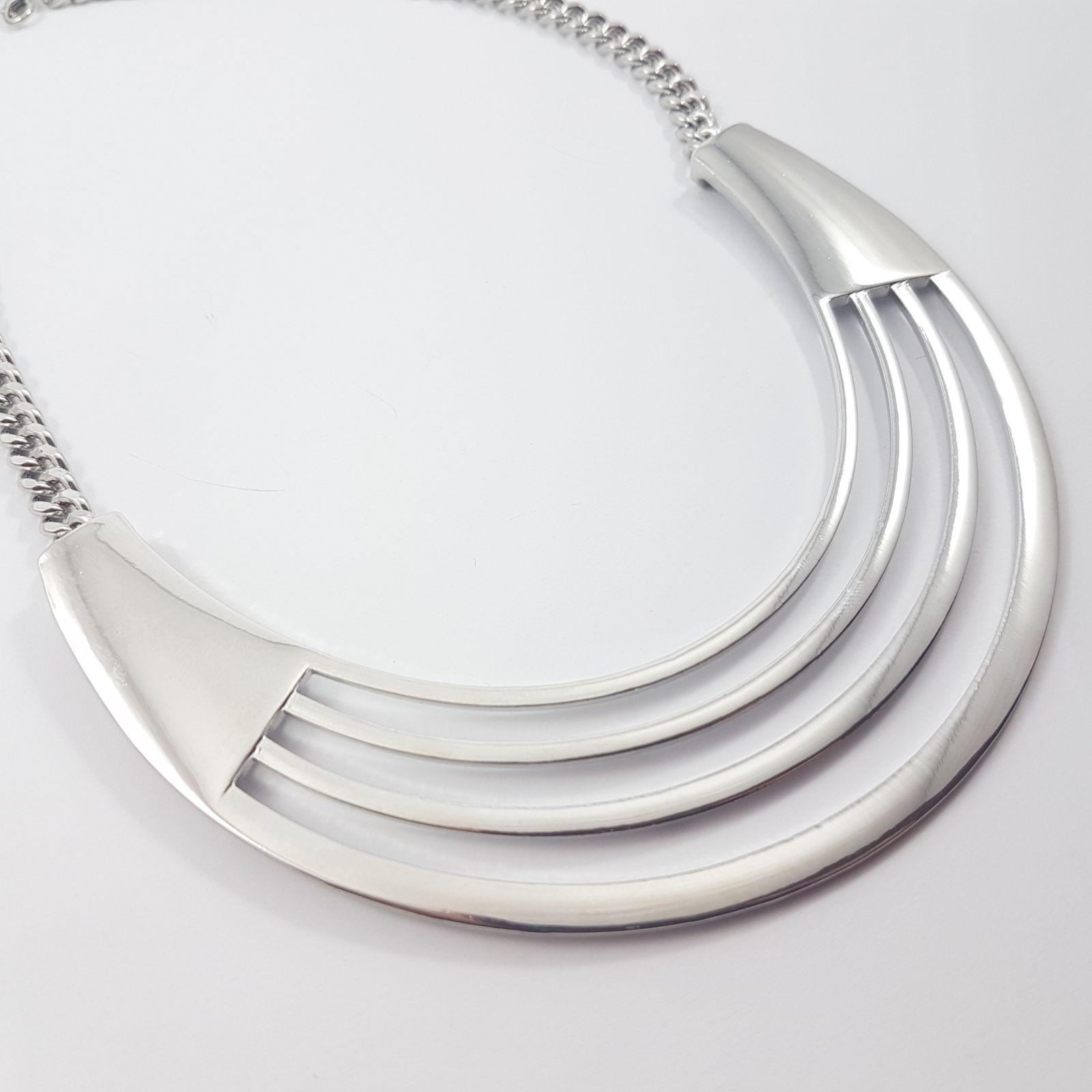 Masivní kovový náhrdelník ocelové barvy GIIL