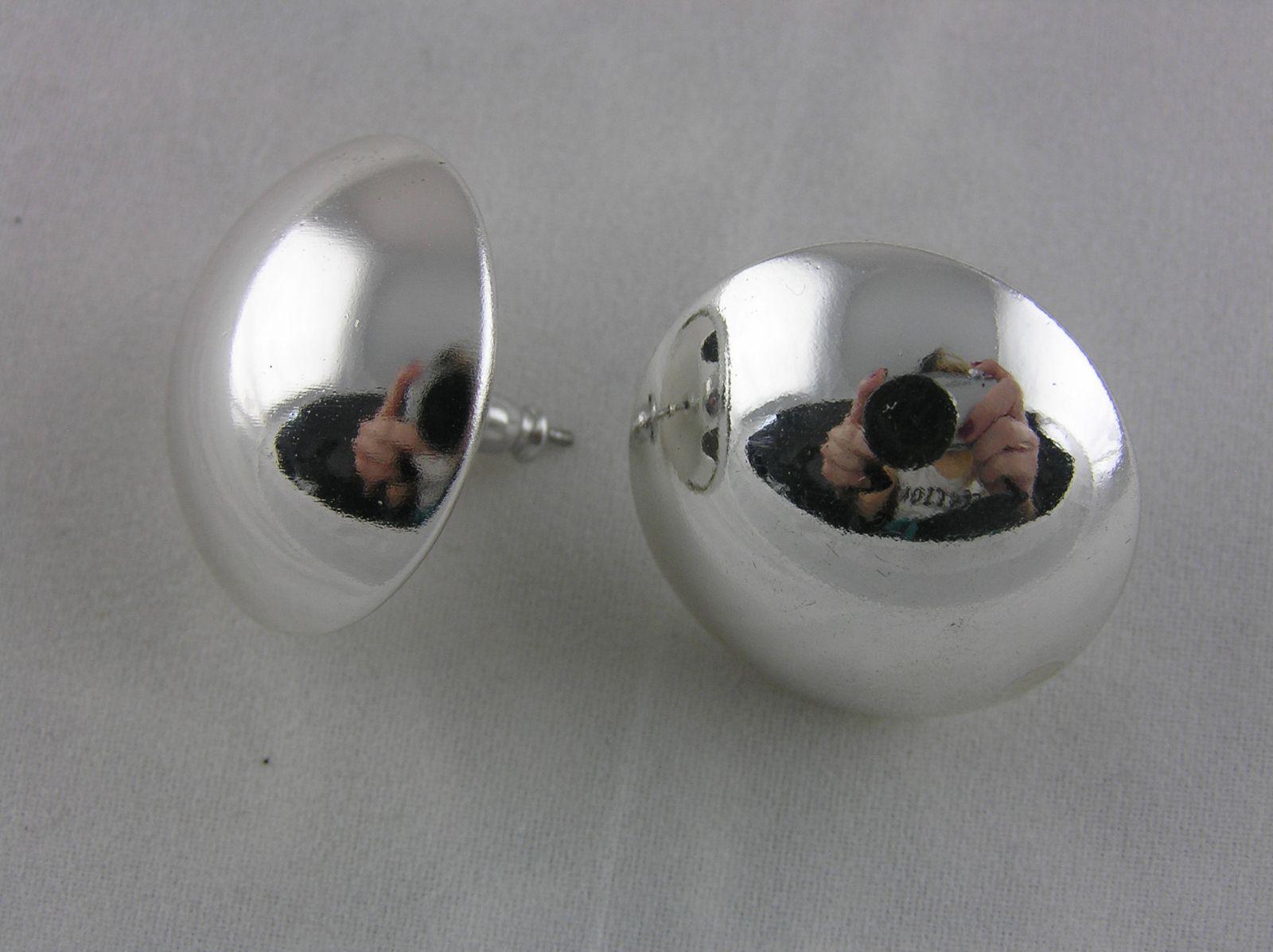 Stříbrné lesklé náušnice velké kruhové pecky GIIL