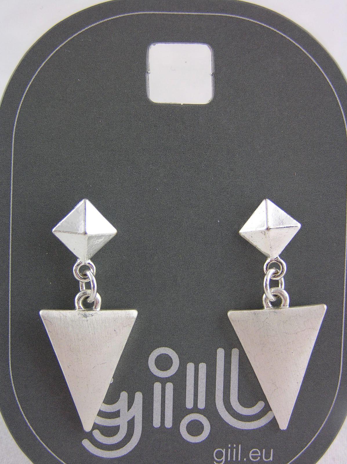 Stříbrné visací náušnice pyramida s trojúhelníkem GIIL
