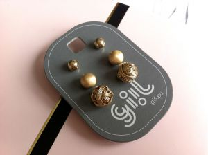 Tři páry zlatých perliček různé struktury GIIL