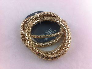 Zlaté náramky na gumičce s různým motivem