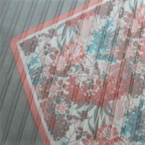Jemný květinový šátek 1