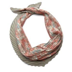 Jemný květinový šátek