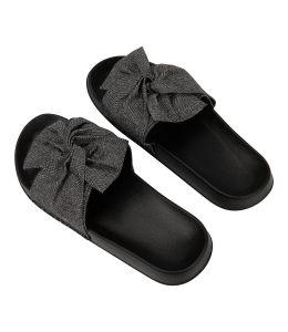 Pantofle se stříbrnou mašlí 2