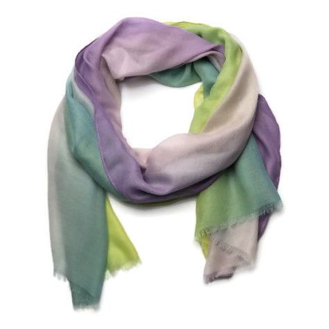 Šátek s barevnými přechody