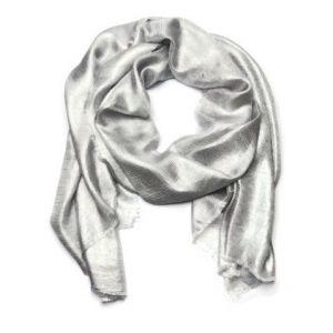 Stříbrný lesklý šátek