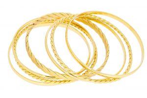 Zlaté navlékací náramky s různými motivy 1