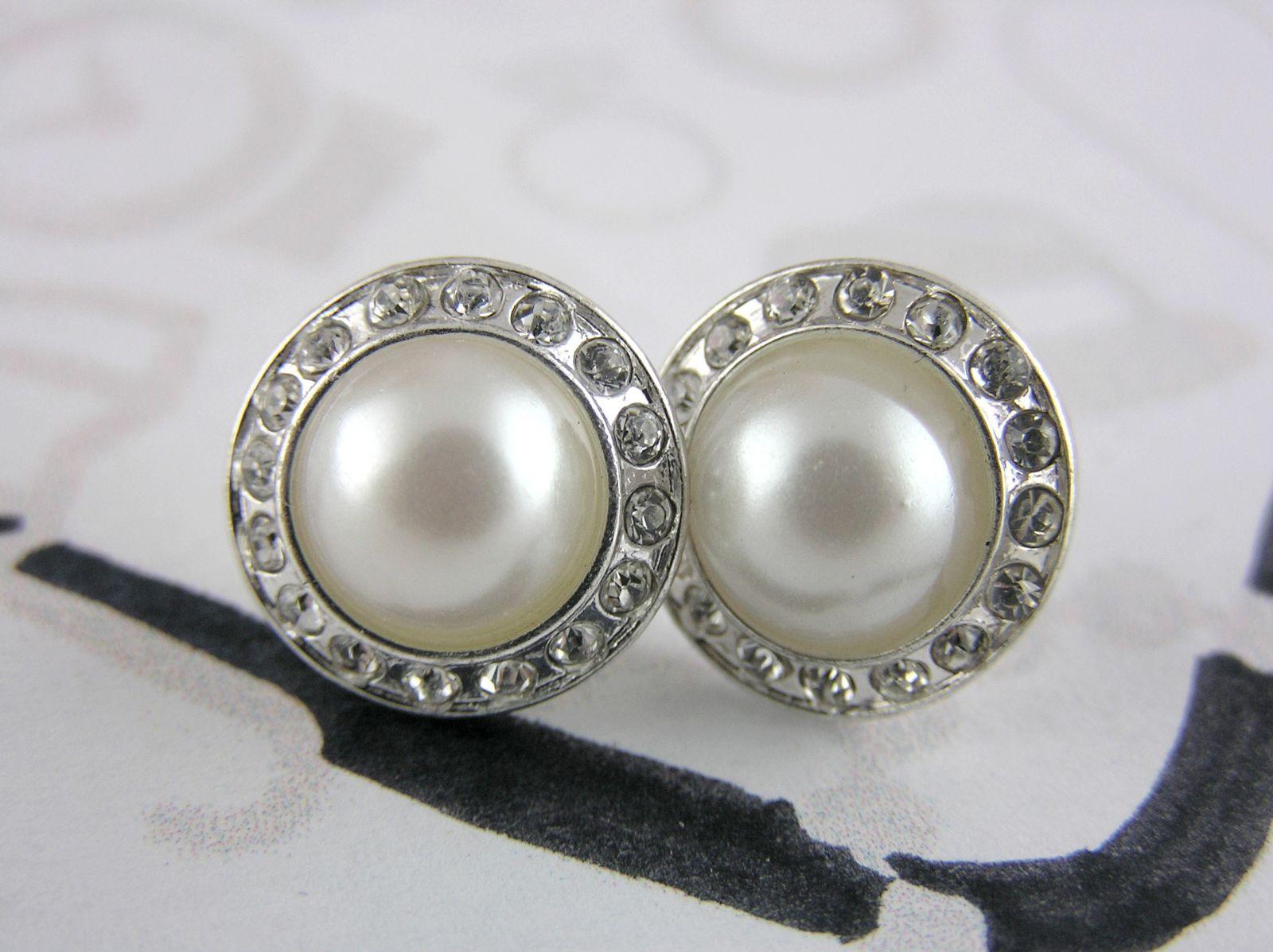 Elegantní perličky s lesklými kamínky GIIL