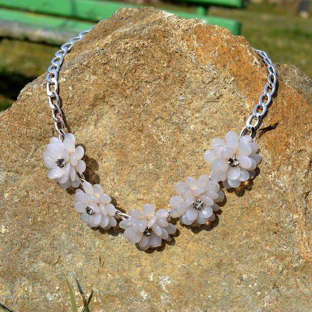 Masivní RŮŽOVÝ náhrdelník s kytičkami GIIL