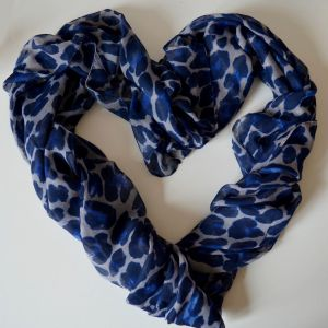 Modrý šátek FLEKATÝ VZOR