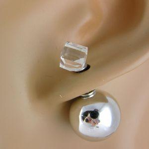 Náušnice s kostkou a lesklou kuličkou
