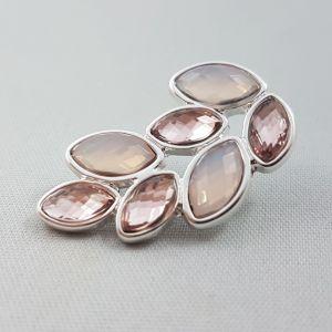 Náušnice s růžovými kamínky do tvaru křídel