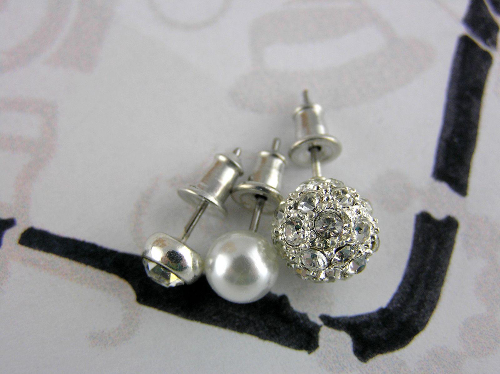 Náušnice Tři páry náušnic s perličkami GIIL