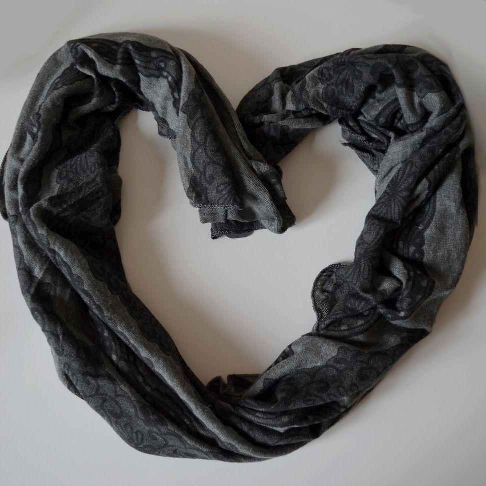 Úpletový černý šátek GIIL