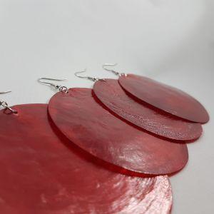 Velké náušnice z červené perleti