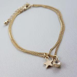 Dvojitý zlatý náramek s hvězdičkou a kamínkem