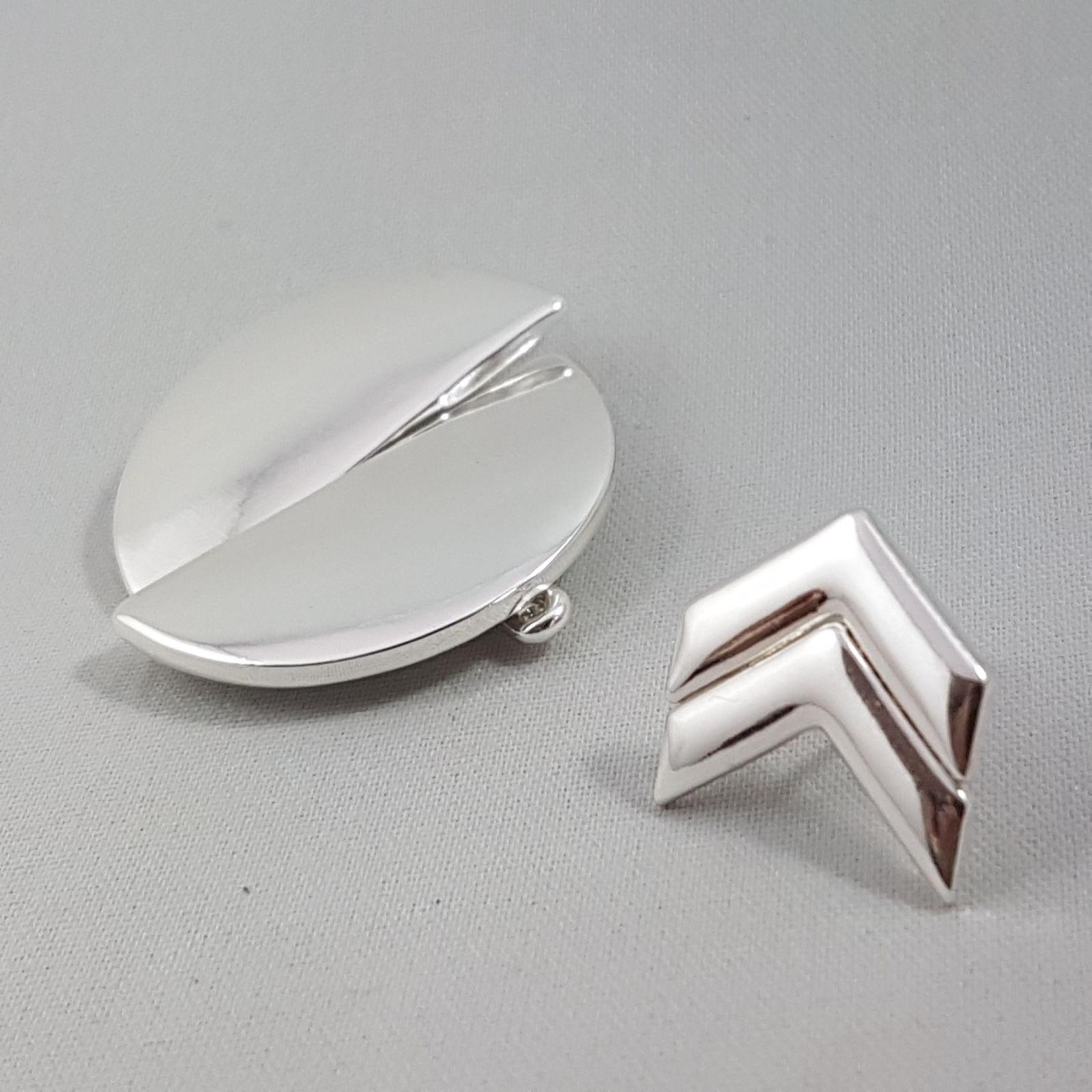 Stříbrné náušnice Půlkruh a šipka GIIL