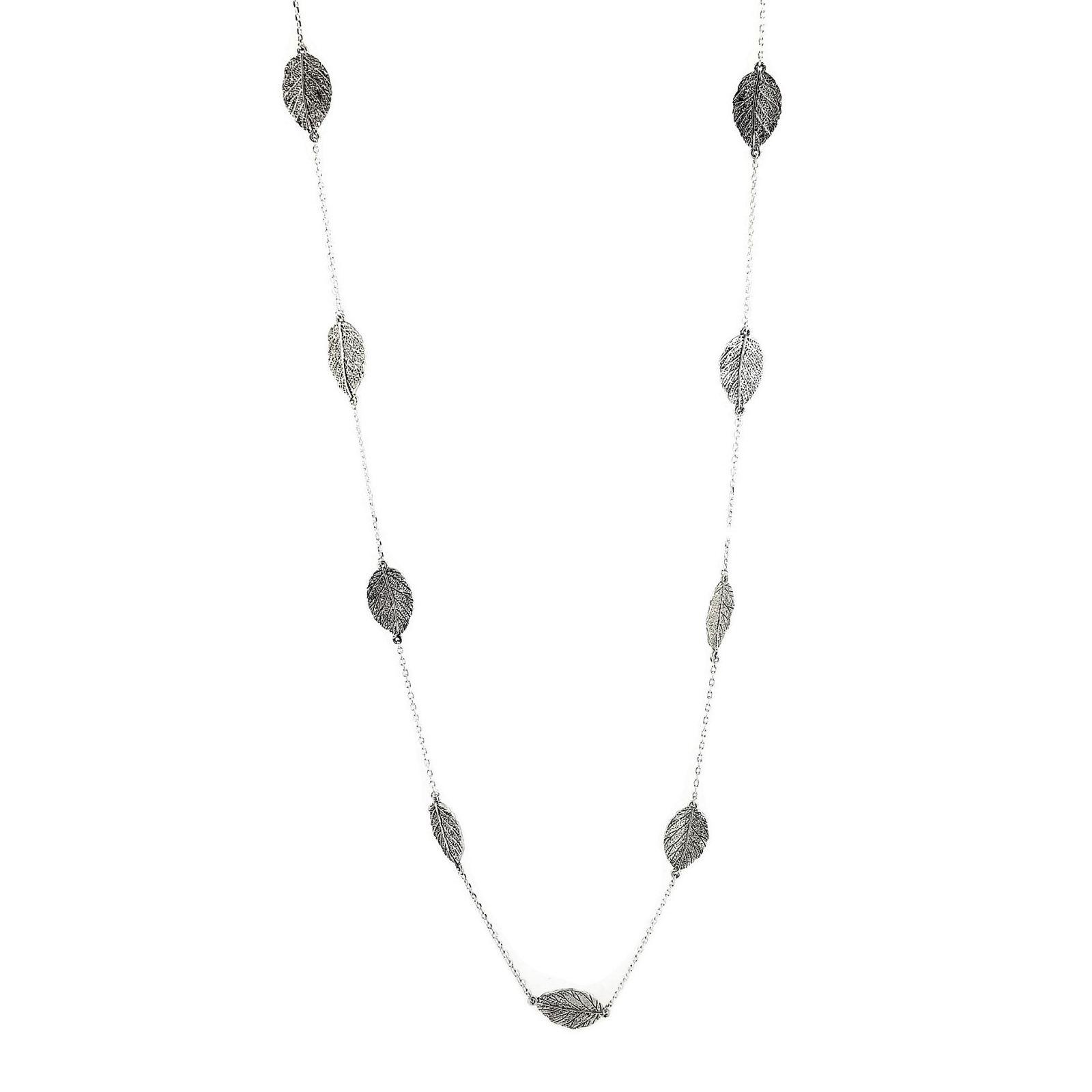 Stříbrný dlouhý náhrdelník s lístečky
