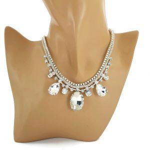 Lesklý stříbrný náhrdelník s kamínky GIIL