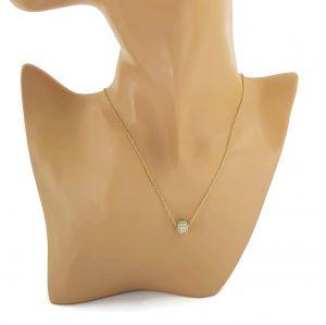 Zlatý náhrdelník s kuličkou vykládanou kamínky