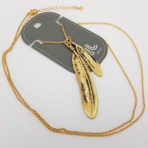 Zlatý náhrdelník s peříčky ve starozlaté barvě