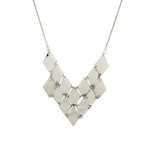 Kovový mohutný lesklý náhrdelník ve tvaru šipky