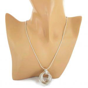 Dlouhý stříbrný náhrdelník s uzlem GIIL
