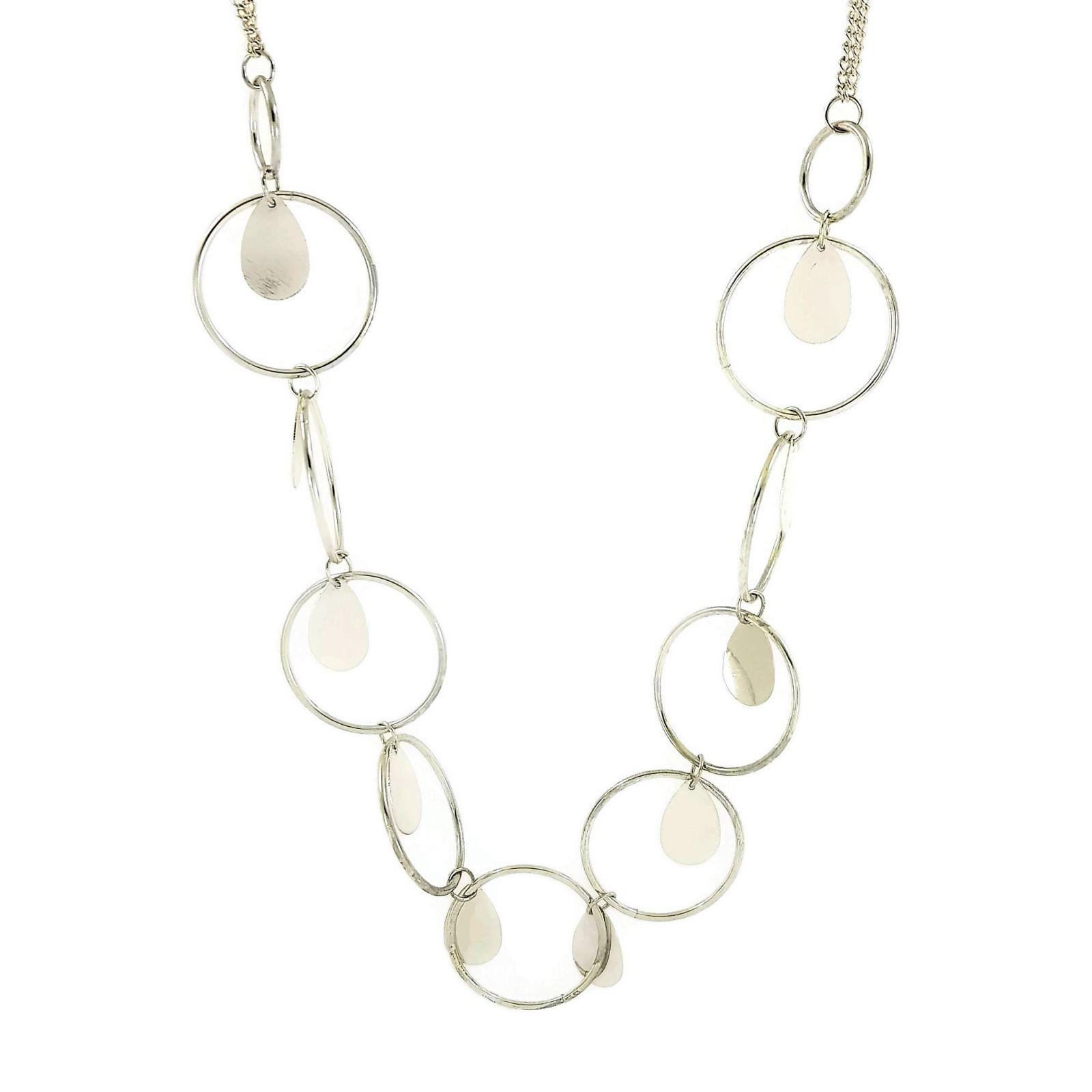 Stříbrný dlouhý náhrdelník s kroužky a slzičkami GIIL