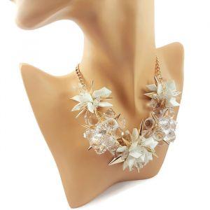 Náhrdelník bílozlaté ostré květy 1