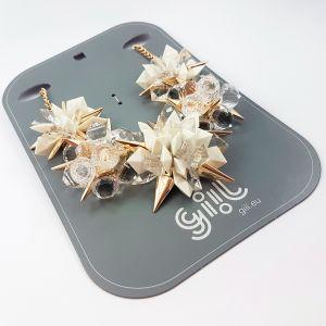 Náhrdelník bílozlaté ostré květy 2