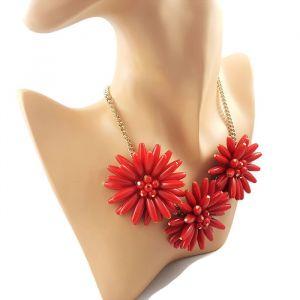 Náhrdelník s masivními červenými kytkami GIIL