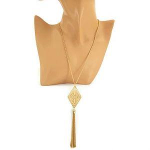Zlatý dlouhý řetízek s kosočtvercem a ozdobou z řetízků GIIL