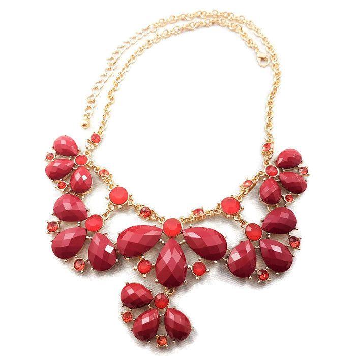 Zlatý náhrdelník s vínovými kamínky