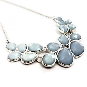 Náhrdelník s modrými kamínky do tvaru kapek