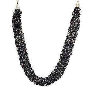 Černý masivní náhrdelník z korálků