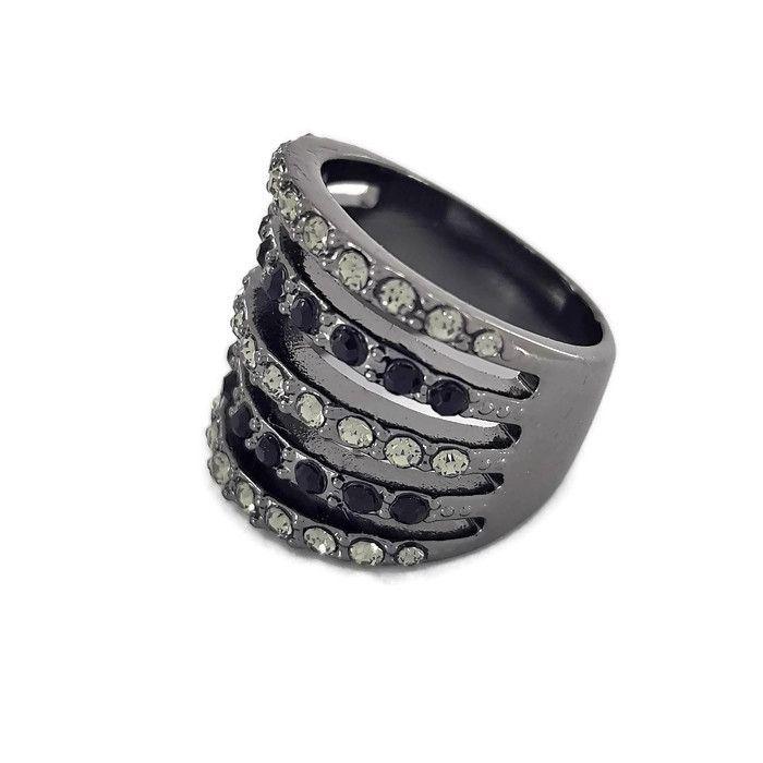 Černý prstýnek se třpytivými kamínky GIIL