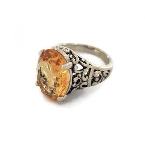 Prsten s oranžovým kamínkem