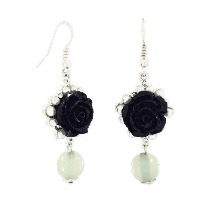 Visací náušnice s černou růží a perličkami