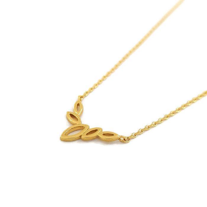 Jemný náhrdelník s ozdobou ve zlaté barvě GIIL